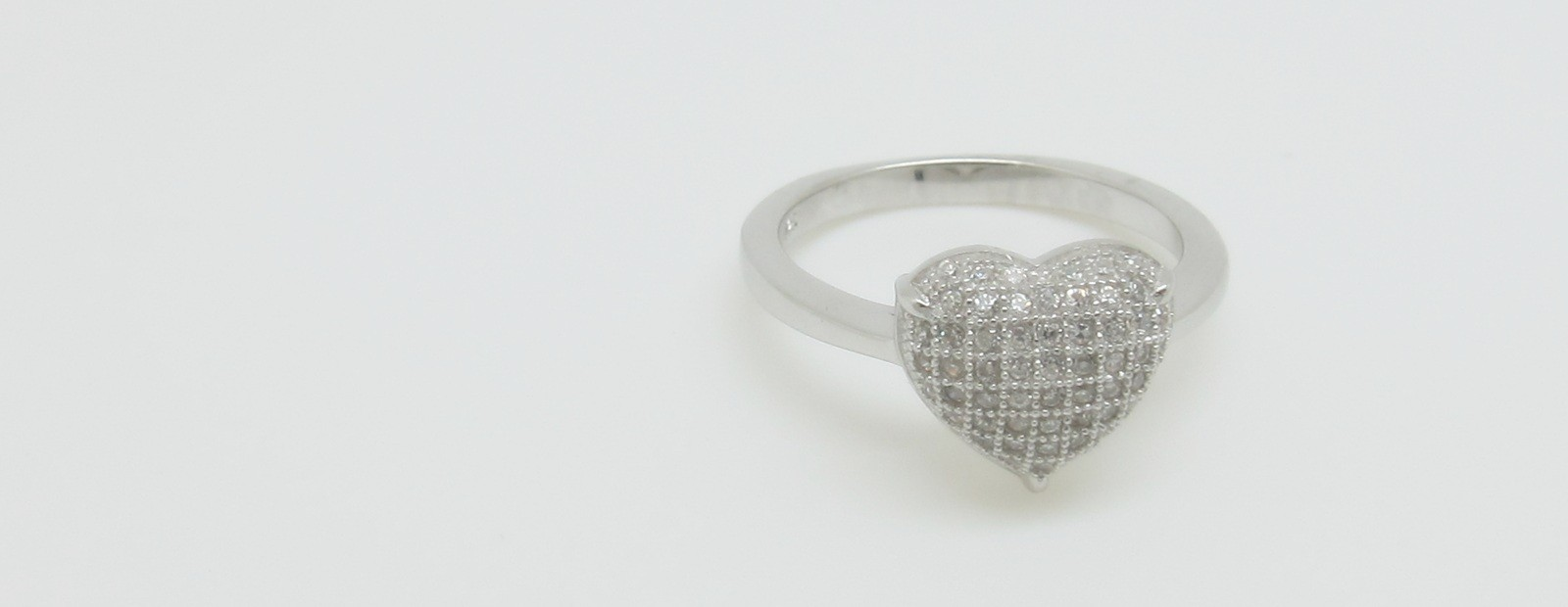 Conjunto pendientes anillo pave corazón plata
